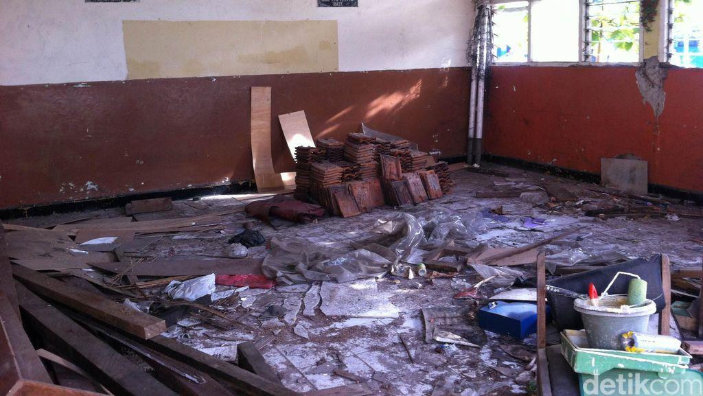 Cerita Kepsek SD di Duren Sawit soal 2 Ruang Kelas yang Ambruk dan Mangkrak