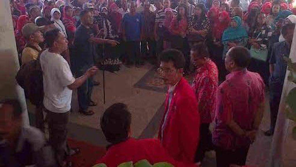Ribuan Pelajar dan Wali Murid Dukung Pengambilalihan SMA/SMK ke Pemkot Blitar