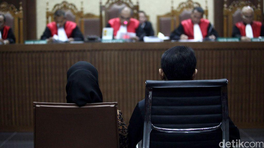 Gatot Pujo Divonis 3 Tahun Penjara, Evy Susanti 2,5 Tahun