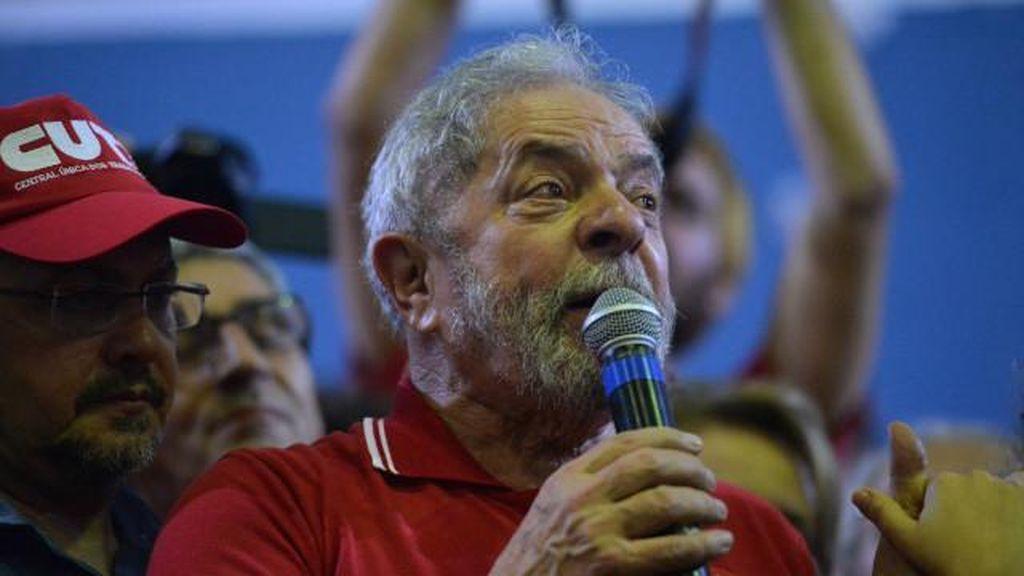 Akan Ditahan Terkait Kasus Korupsi, Mantan Presiden Brasil Jadi Menteri