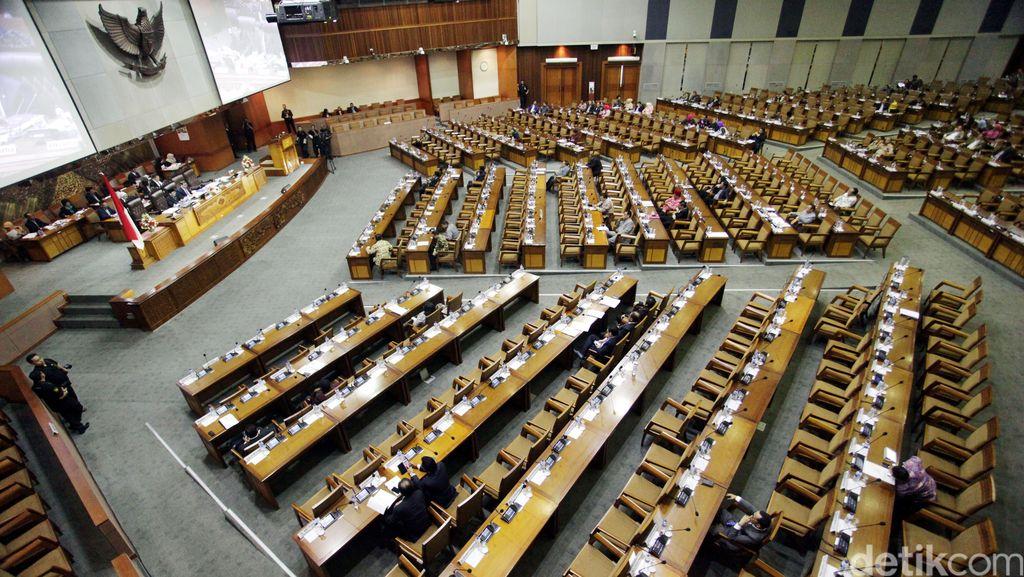 DPR Target Selesaikan 9 RUU, Termasuk Revisi UU Pilkada dan Tax Amnesty