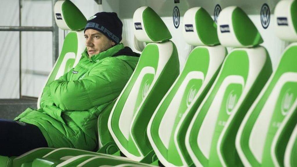 Telat Datang Latihan karena Ketiduran, Bendtner Didenda Wolfsburg