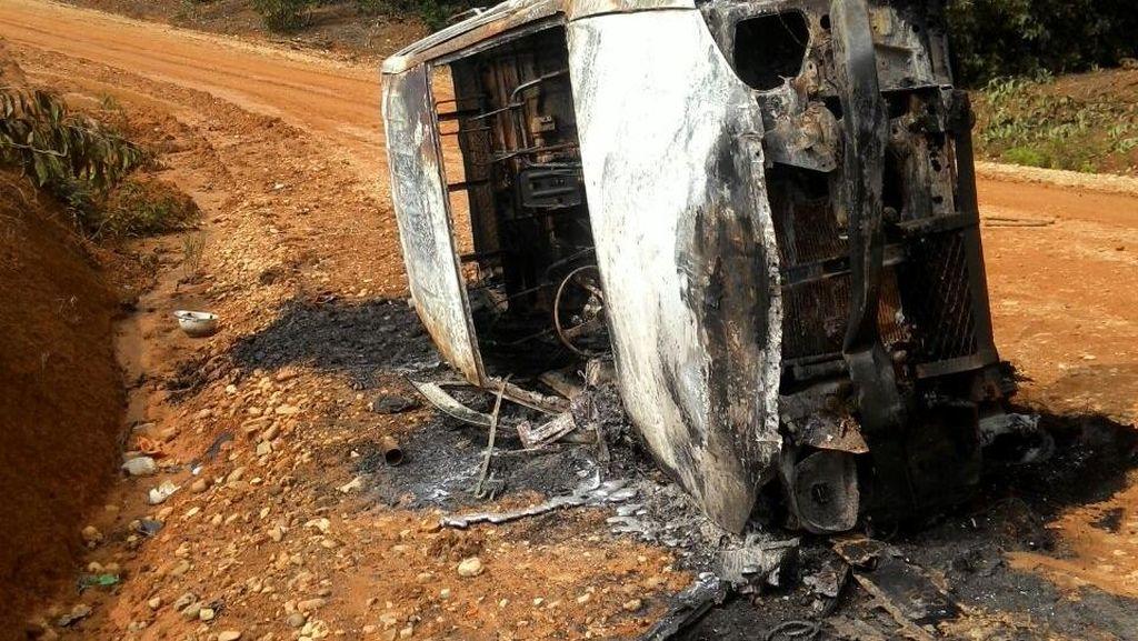 14 Orang Jadi Tersangka Pembakar Alat Berat Saat Konflik Lahan di Riau