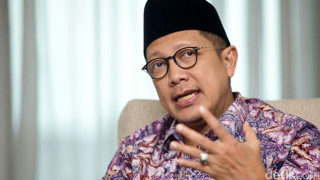 Rapat di Komisi VIII, Menag Jelaskan Tentang Keterlambatan Visa Haji