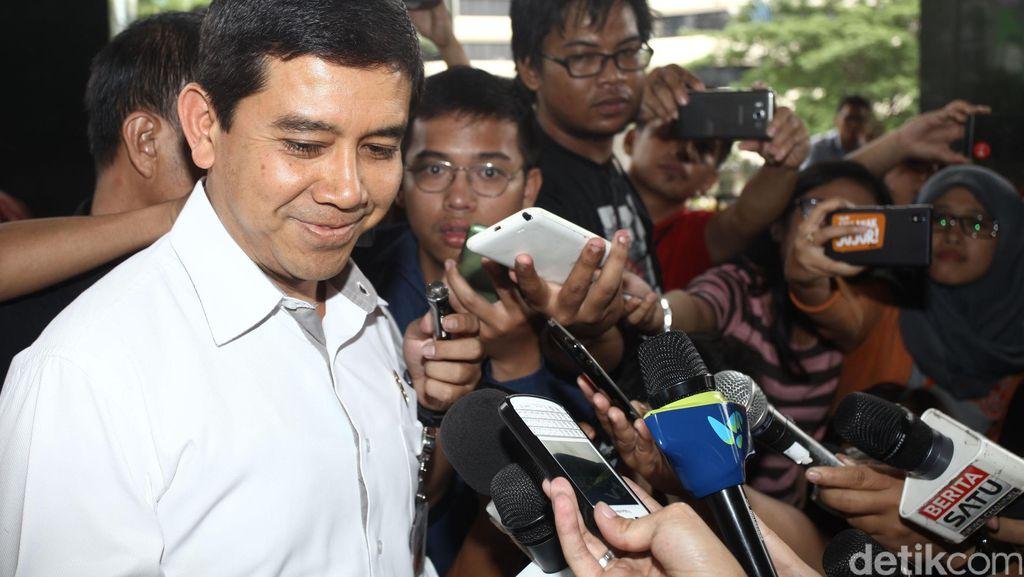 Menteri Yuddy: Idealnya PNS Kita 3,5 Juta, Sekarang Ada 4,5 Juta
