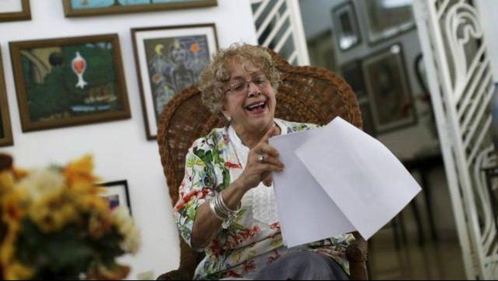 Seorang Perempuan Kuba Terima Surat dari Obama