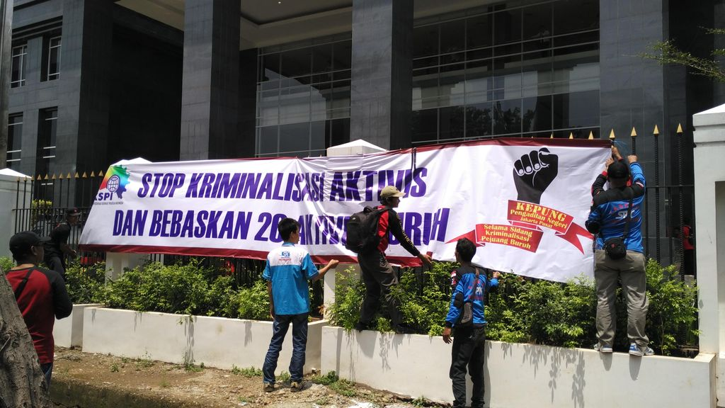Sidang Perdana 26 Aktivis Buruh ditunda hingga Pekan Depan