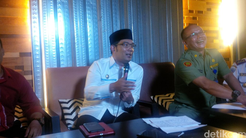 Minimalisir PNS Malas, Ridwan Kamil Ubah Honor Jadi Tunjangan Kinerja