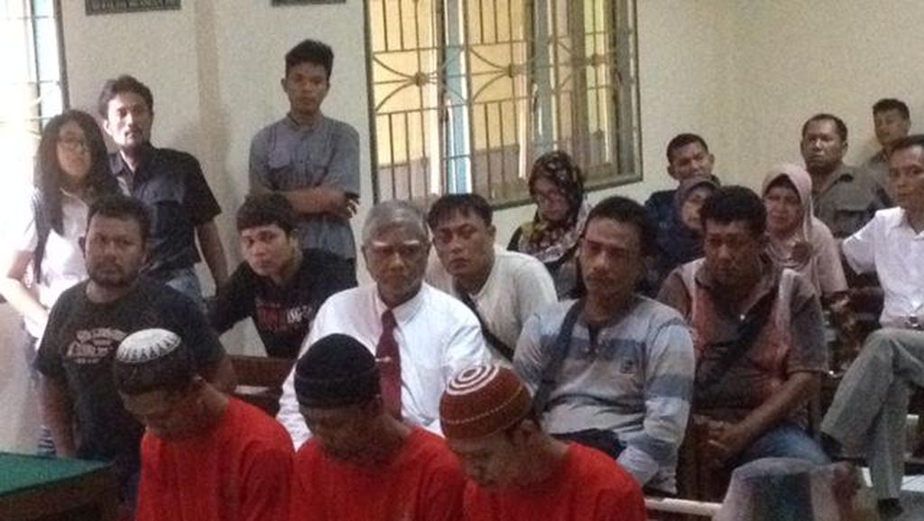 Sidang Perdana, 3 Bersaudara Pembunuh Lansia Terancam Hukuman Mati