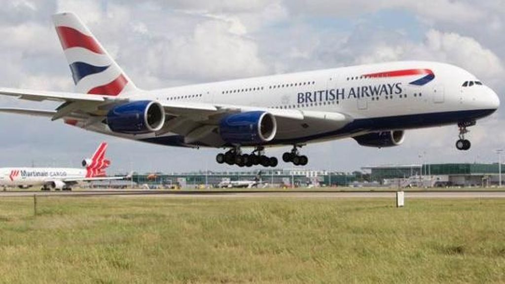 Pesawat British Airways Ditabrak Drone di Bandara Heathrow