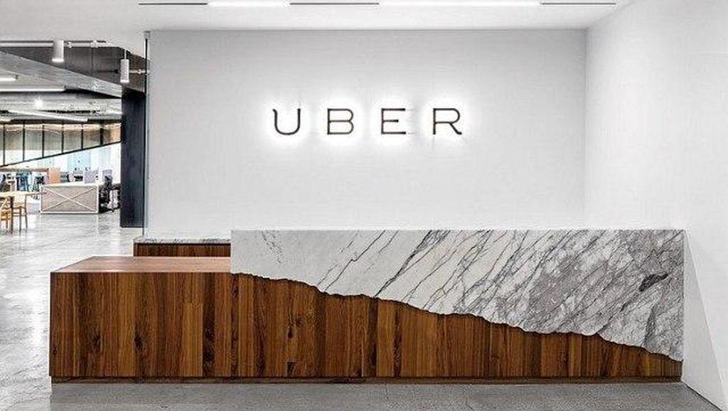 Taksi Online Harus Punya Pul atau Cukup Garasi? Ini Kata Kemenhub