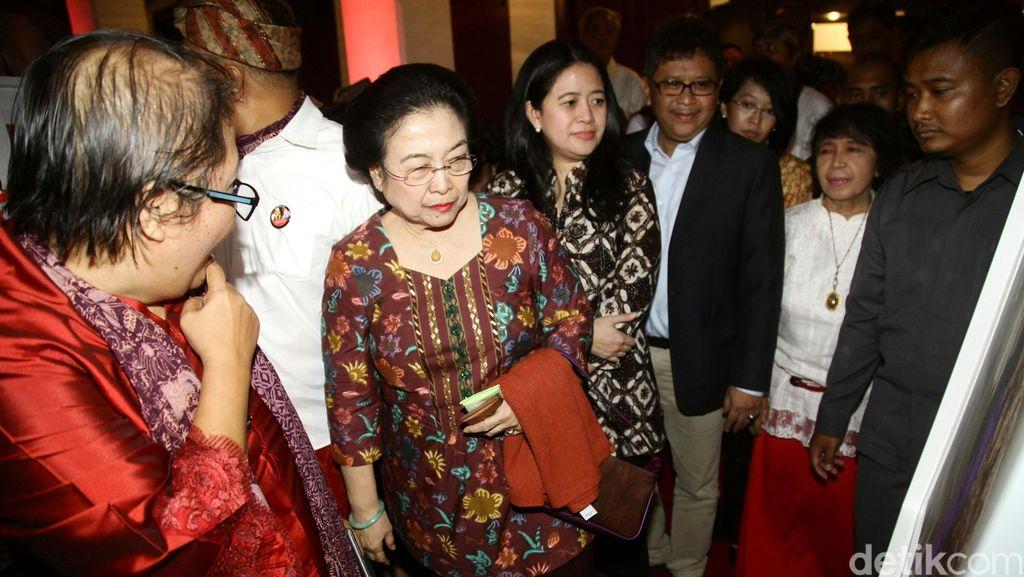 Saat Megawati Todong Hendropriyono dan Para Menteri Hingga Ratusan Juta