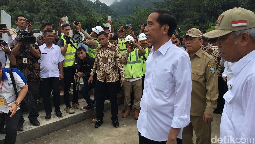 Jokowi: Pos Perbatasan di Entikong Akan Lebih Bagus dari Malaysia