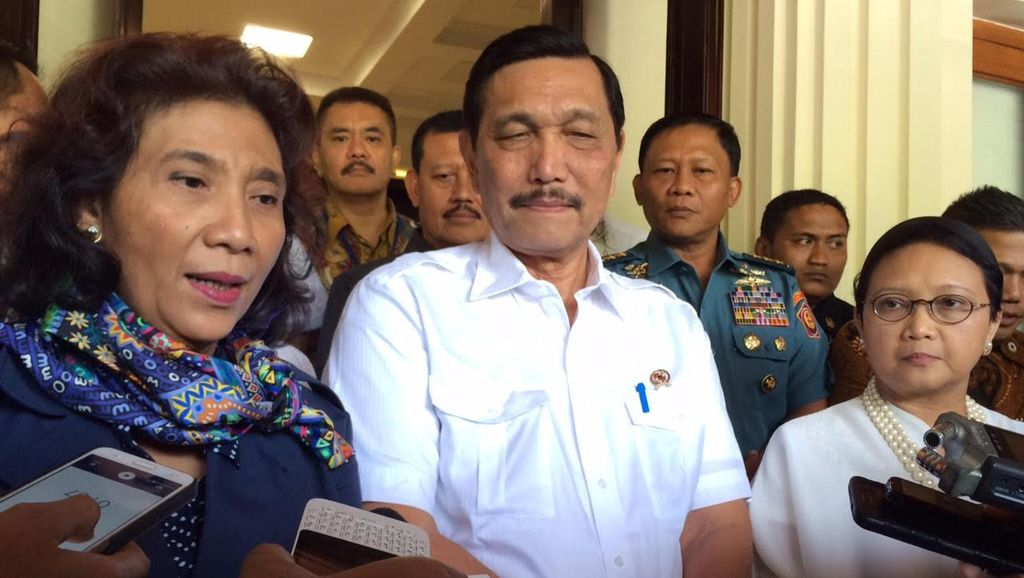 Menko Luhut Lapor Jokowi Soal Kapal Cina yang Ditembak TNI AL