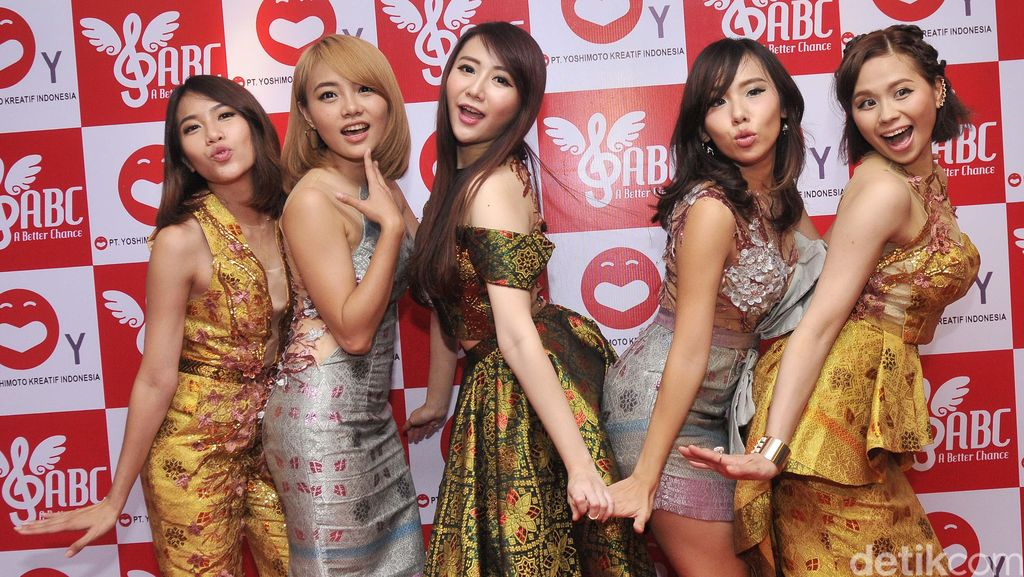 A Better Chance, Idol Group Para Mantan Personel Cherrybelle