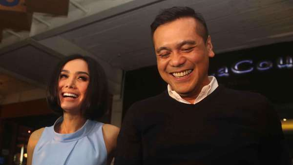 Yuni Shara dan Chiko Hakim Kok Malu-malu?