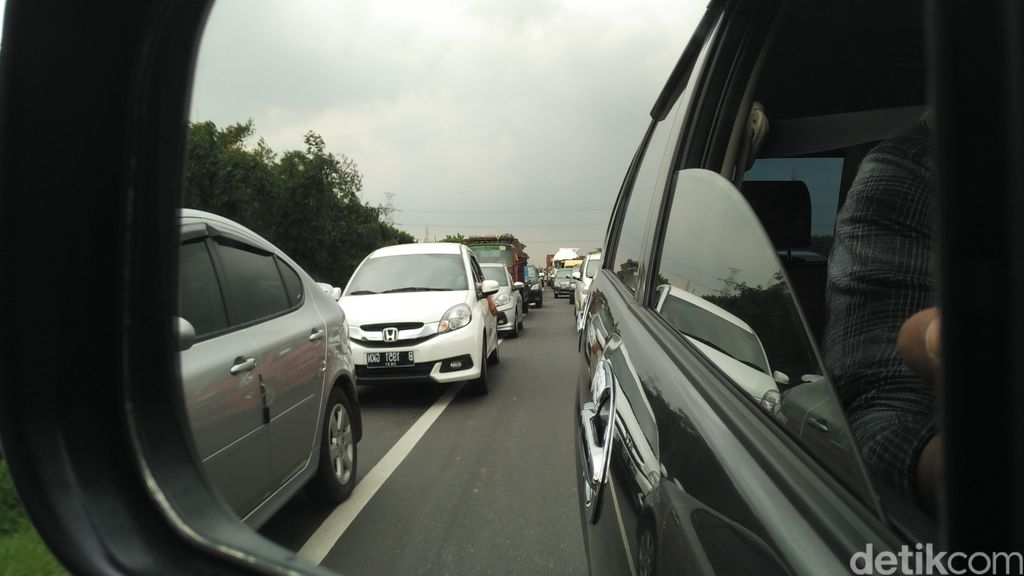 Kemenhub Hanya Mengimbau Truk Tidak Lewat Tol Weekend ini Bukan Melarang