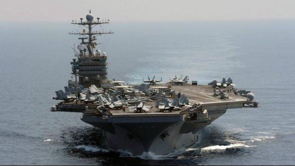Pejabat Angkatan Laut AS Dipenjara karena Skandal Suap
