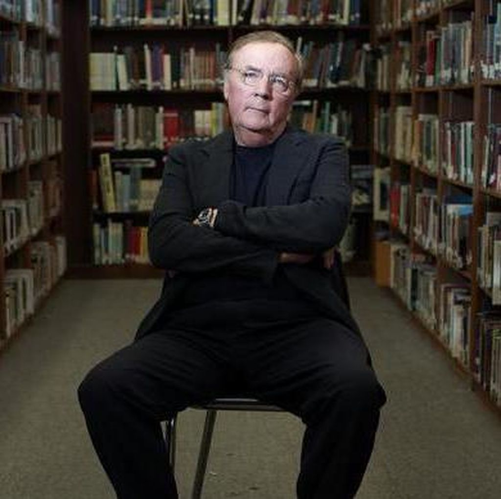 James Patterson Batalkan Rencana Rilis Novel The Murder of Stephen King