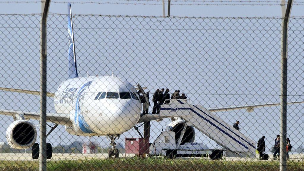 Kisah Pramugari EgyptAir yang Tetap Tenang Saat Pesawat Dibajak