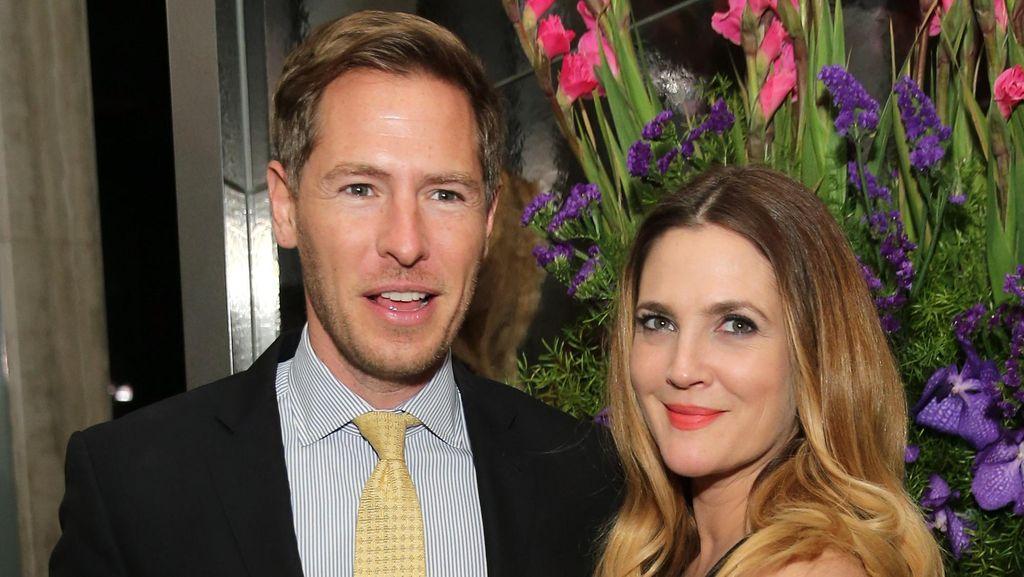 Drew Barrymore Masih Sulit Terima Perceraian dengan Will Kopelman