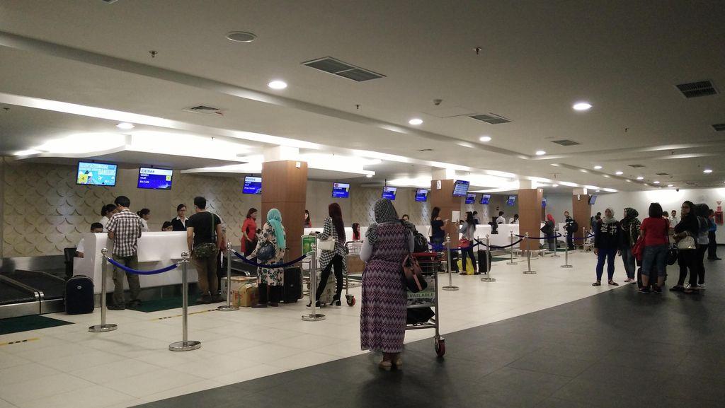 Beberapa Penerbangan Sempat Delay, Bandara Bandung Kembali Normal