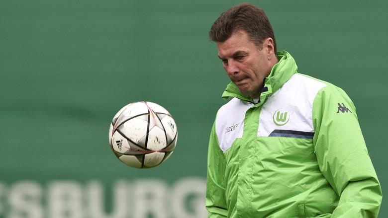 Wolfsburg Dan Hecking Resmi Pisah Jalan