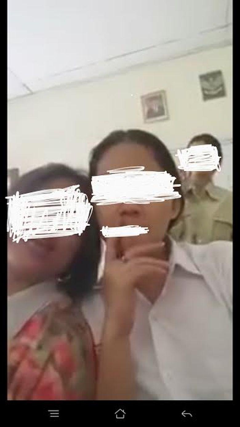 Heboh Video Siswi SMA Merokok di Kelas, ini Reaksi Dinas Pendidikan Kota Bandung