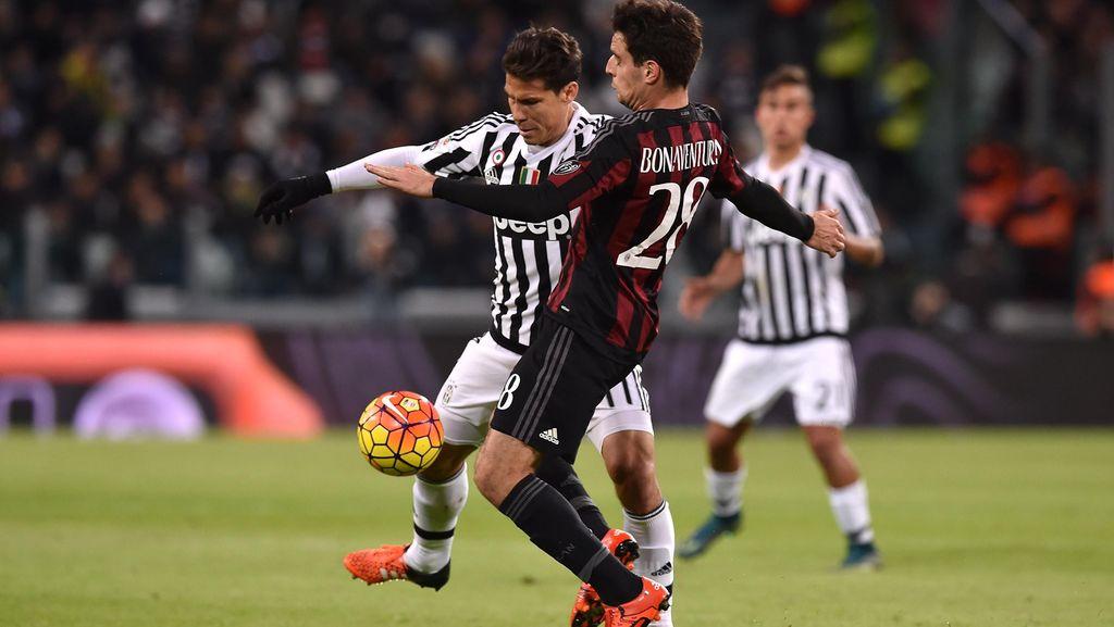 Sacchi: Jarak antara Juventus dan Milan Memalukan