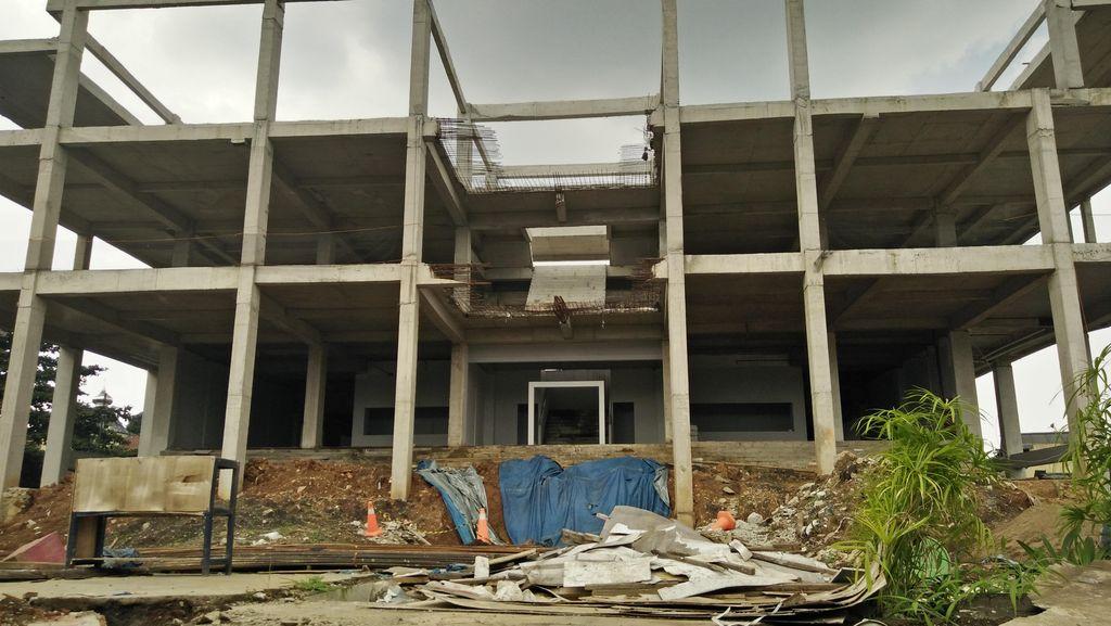 PON XIX Tinggal 5 Bulan Lagi, Pembangunan GOR Bandung Mangkrak
