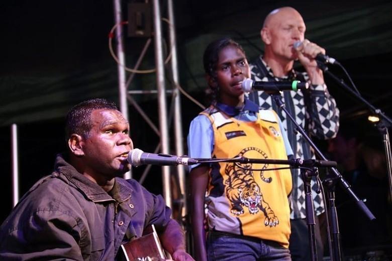 RS Darwin Dituduh Keliru Mendiagnosa Penyanyi Terkenal Aborigin