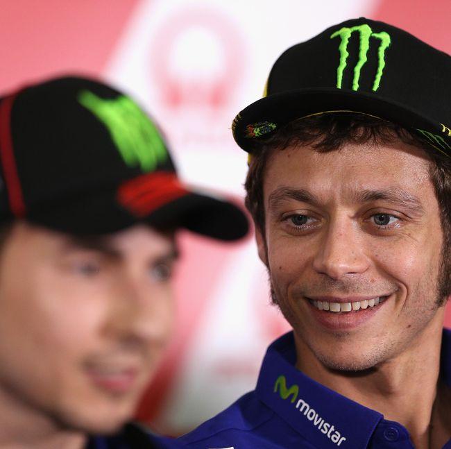 Rossi Komentari Rumor Lorenzo-Ducati