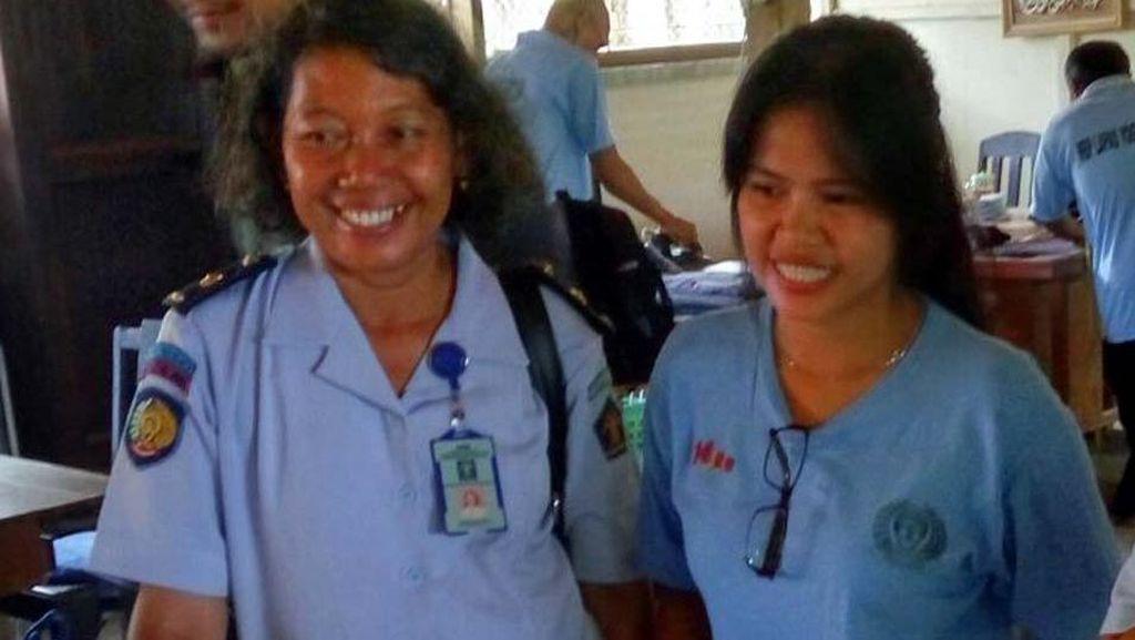 Mary Jane dan Napi Lapas Wirogunan Yogya Diberi Latihan Buat Suvenir