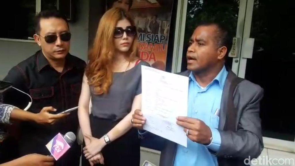 Sonny Tulung dan Pacarnya Laporkan Seorang Pria ke Polisi