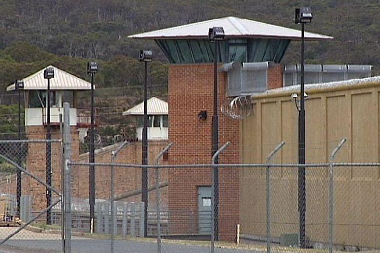 Napi di Australia Kedapatan Produksi Ribuan Liter Miras di Dalam Penjara