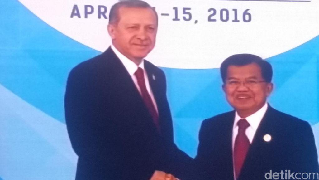 Ada Perlakuan Khusus Presiden Erdogan Kepada Wapres JK di Pembukaan KTT OKI