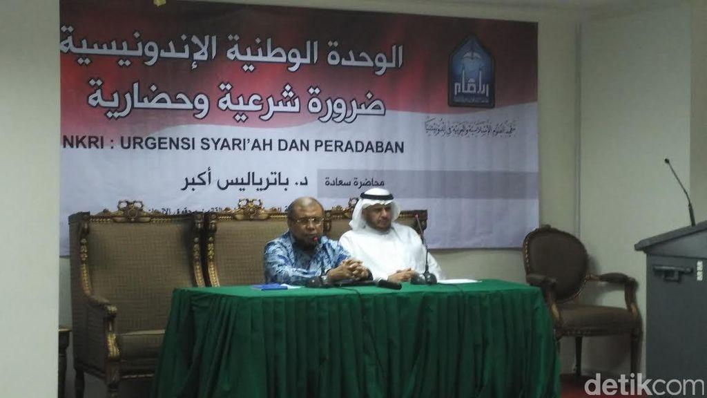 Ceramah di LIPIA, Patrialis Ajak Mahasiswa Sebarkan Islam yang Dukung Persatuan RI