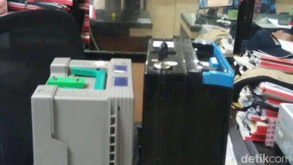 Polda Metro Tangkap Pembobol ATM di Jakut, Modusnya Perbaiki Mesin