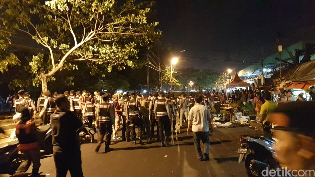 Sempat Ada Ketegangan, Suasana di Pasar Keputran Surabaya Kini Kondusif