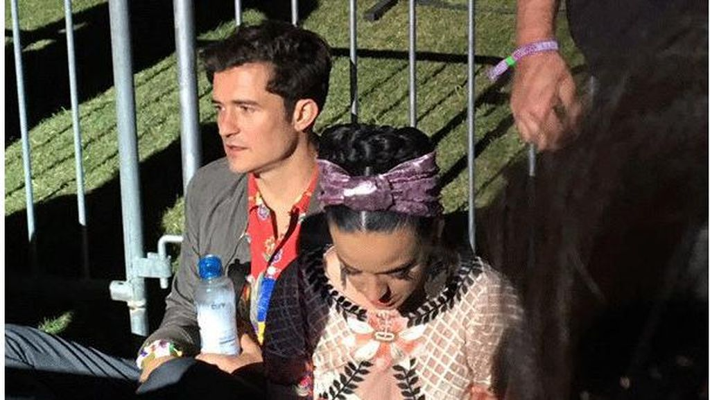 Katy Perry dan Orlando Bloom Mesra di Festival Coachella