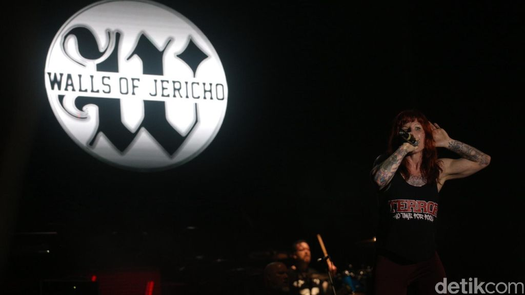 Walls of Jericho Hingga Gorgoroth Panaskan Hammersonic 2016