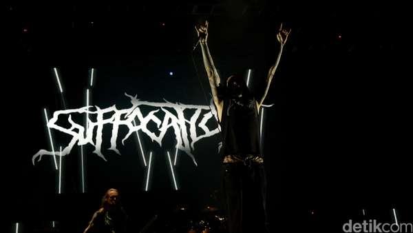 Asking Alexandria hingga Suffocation di Hammersonic 2016