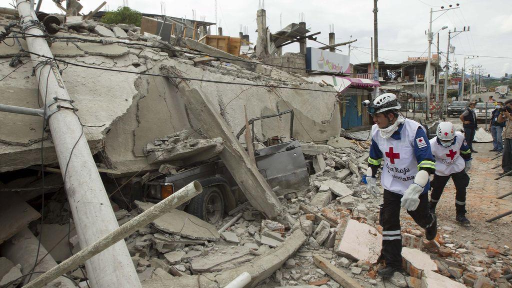 Ekuador Kembali Diguncang Gempa 6,2 SR Saat Warga Masih Tidur