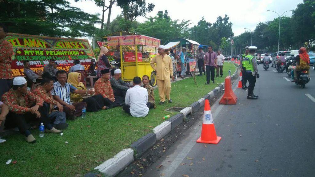 Pelantikan 2 Bupati di Riau Mendadak Ditunda, Tamu Undangan Kecele