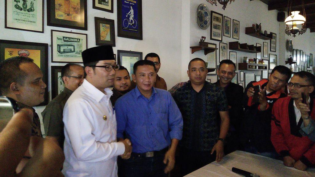 Pemkot Bandung akan Kaji Nasib Angkot Omprengan