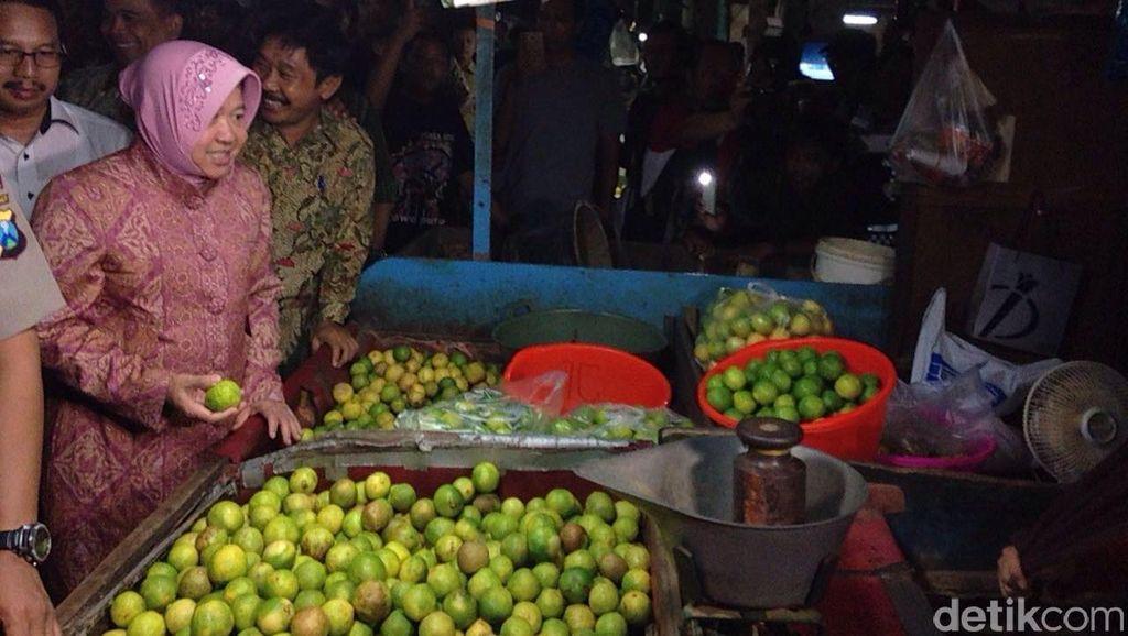 Wali Kota Risma Sidak Pasar Keputran Surabaya