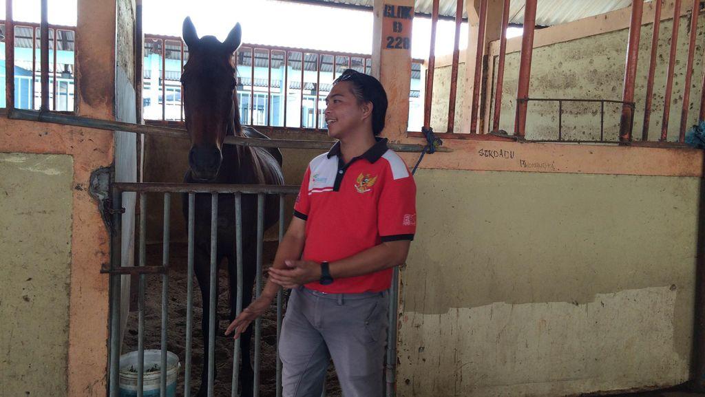 Pindah ke Pulogebang, Atlet ini Sedih Harus Jauh dari Kuda Tunggangannya