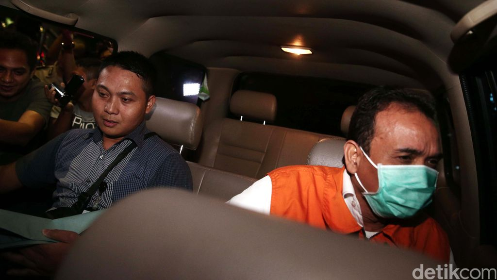 Skandal Suap di PN Jakpus, KPK Periksa Sekretaris Presdir PT Paramount