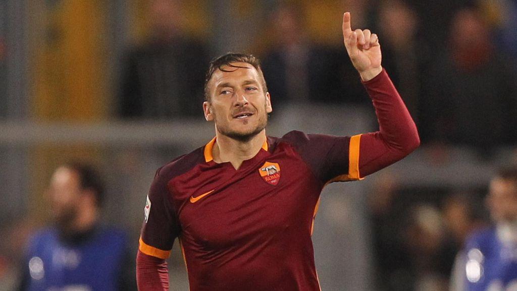 Istrinya Kritik Spalletti dan Presiden Klub, Ini Respons Totti