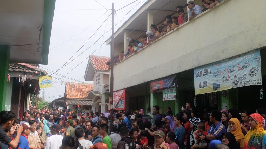 Prarekonstruksi Kasus Agus Mutilasi Nur Atikah Digelar, Warga Berjubel di Lokasi